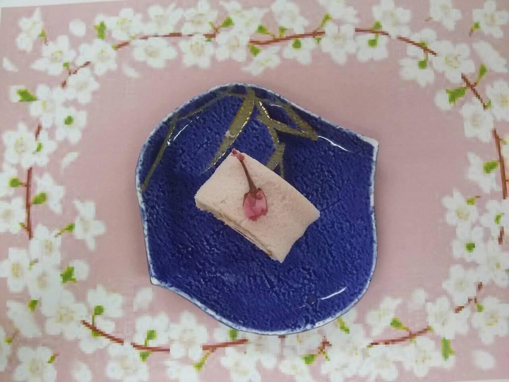 桜ロール.jpg